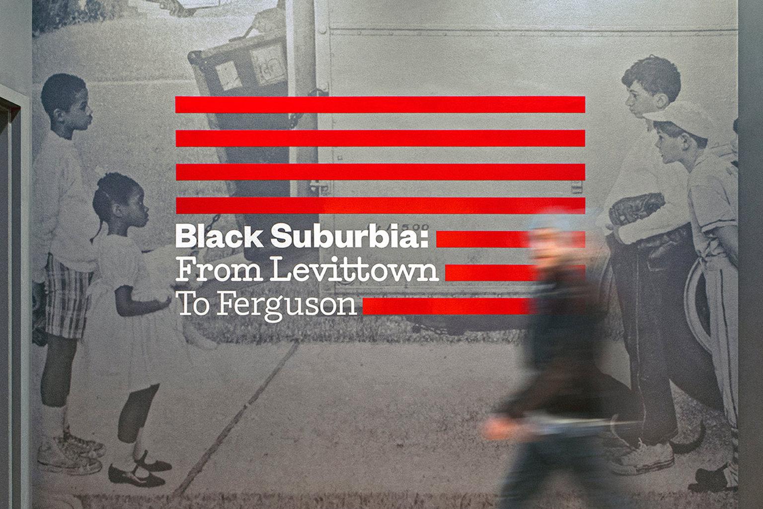 Vllg pentagram blacksuburbia 1